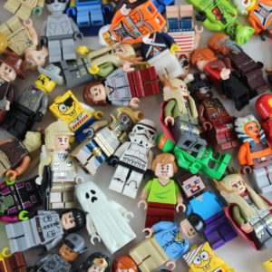 10x LEGO® Themed Minifig Pack!